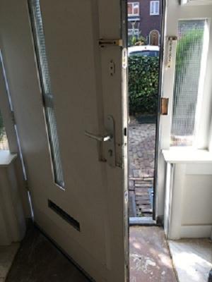 deur na installatie driepuntssluiting